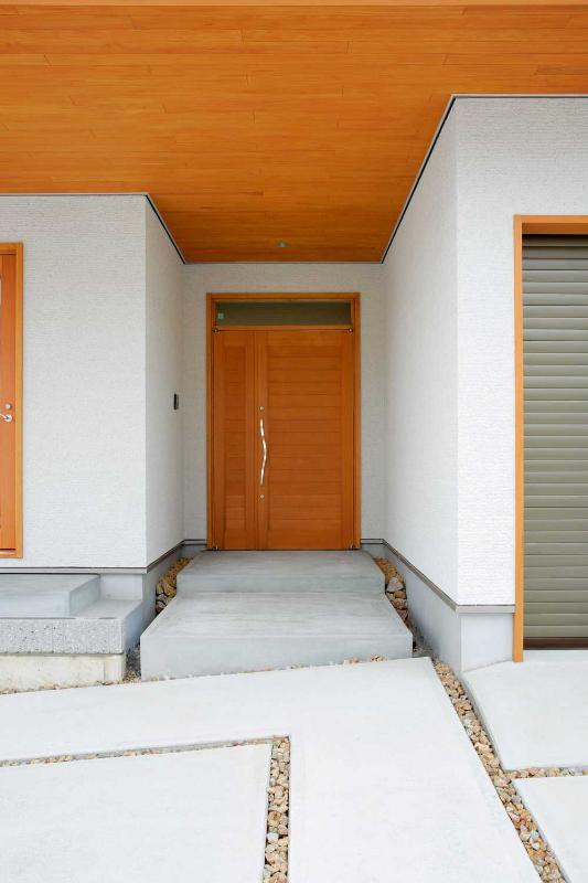 外観 玄関